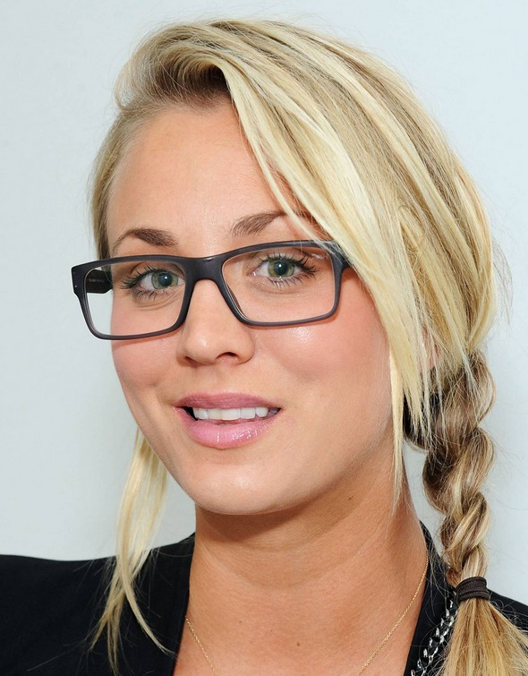 Casual Braid Hairstyle Kaley Cuoco Hairstyles