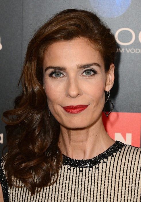 Long Wavy Brown Hairstyle For Women Over 50 Kristian Alfonso