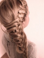 cute side braid girls