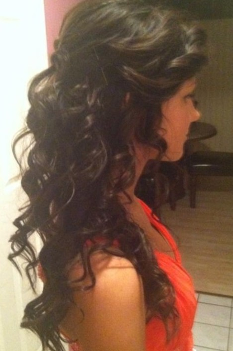 Side View of Long Curly Hairstyle