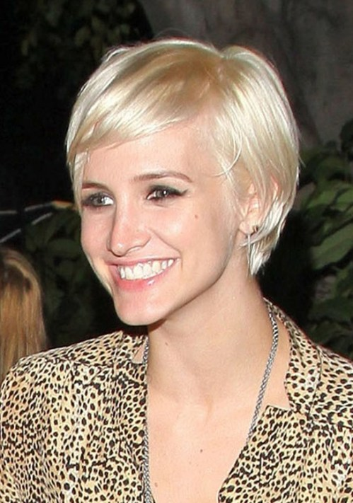 Ashlee Simpson Chic Short Straight Haircut with Bangs