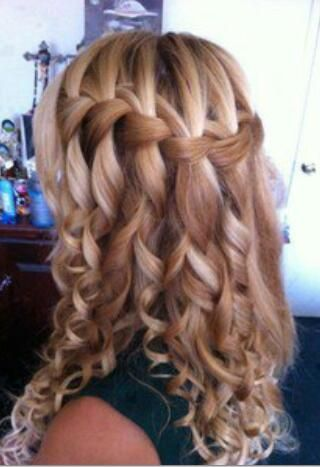Cute Waterfull Curly Hairstyle for Girls