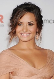 celebrity hairstyles demi lovato's