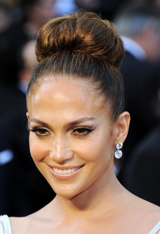 Jennifer Lopez Classic Bun Updo for Prom
