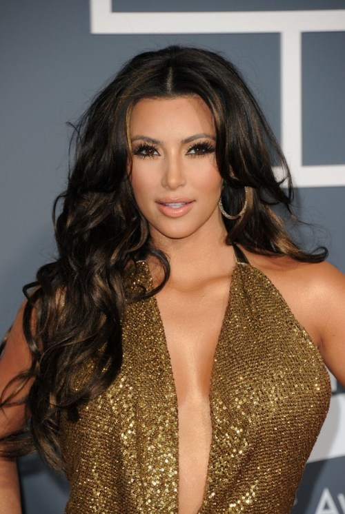 Kim Kardashian Brunette Long Wavy Hairstyle for Fall