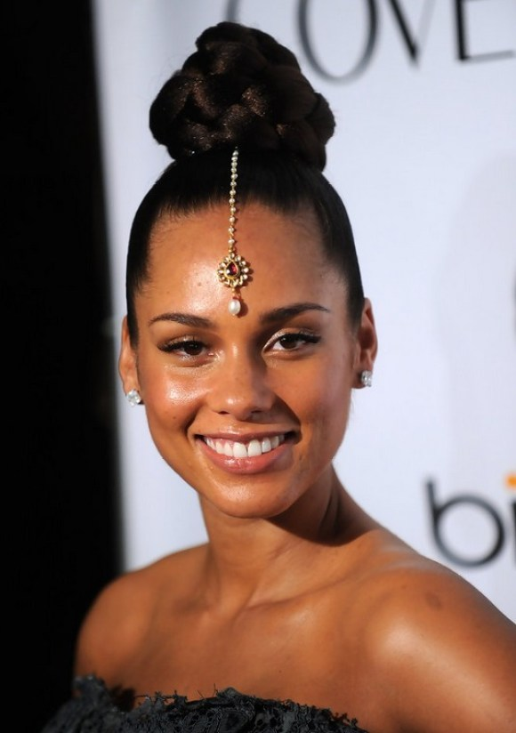 Alicia Keys High Bun Updo for Black Women