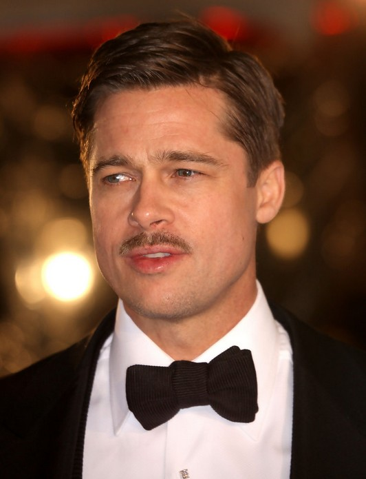 Brad Pitt Short Side Parted Haircut for Men