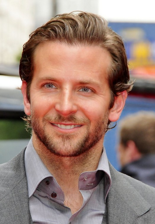 Bradley Cooper Short Straight Hairstyle for Men