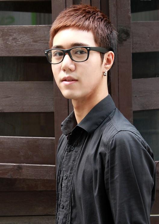 Popular Short Korean Haircut for Men