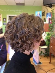 loose curly bob hairstyle short
