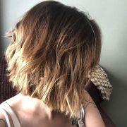 flattering messy bob hairstyles