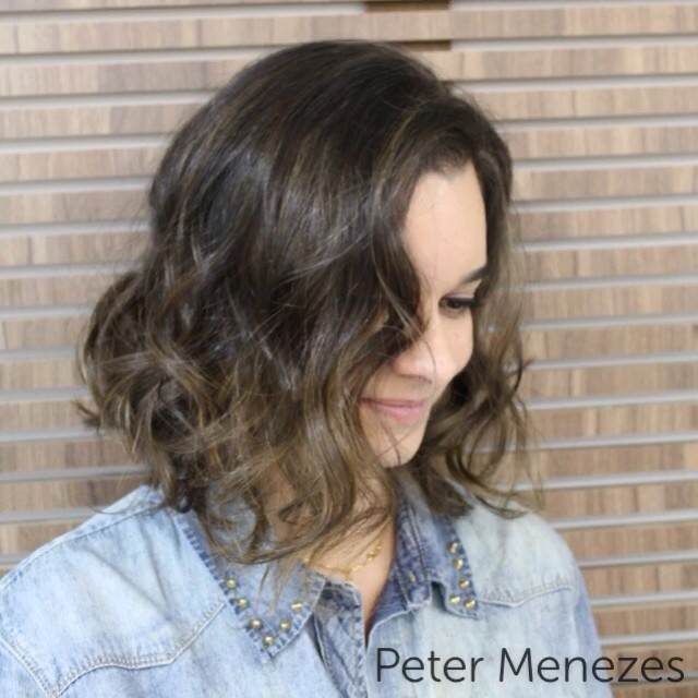 layered brunette messy bob hairstyle for shoulder length hair