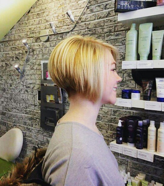 short inverted bob hairstyle for fine thin hair