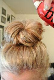 wear messy bun with tutorials