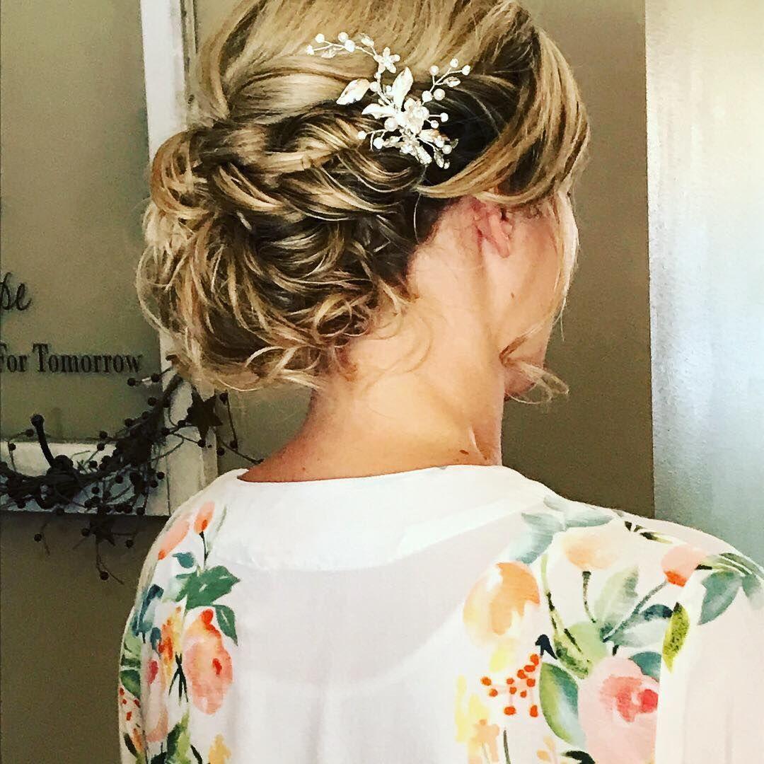 20 Killer Romantic Wedding Updos for Medium Hair