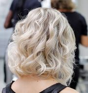 flirty bob hairstyles blonde