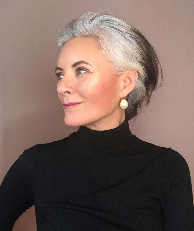 Trendy Short Hairstyles for Gray Hair