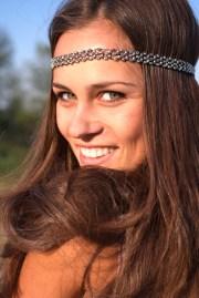 hippie girl headband hairstyle