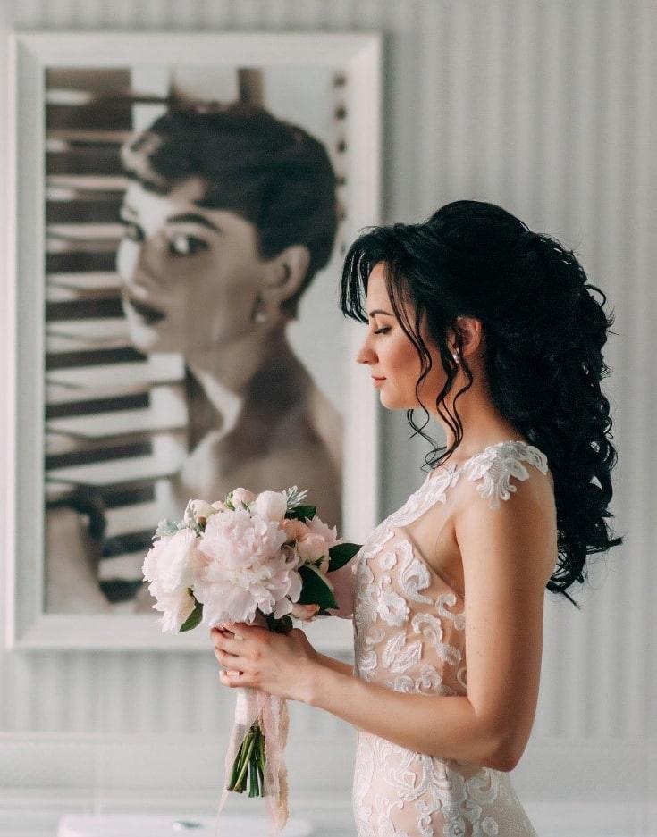 obl4 1 - Jak si vybrat svatební účes dle tvaru obličeje