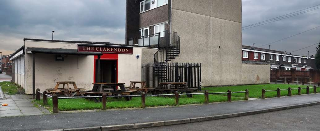 4288 1 - 'Never drink in a flat-roofed pub': how the old joke became a reality