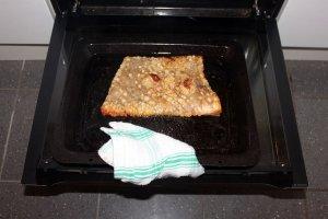 how to make pork scratchings 07 lge - Homemade Pork Scratchings Recipe