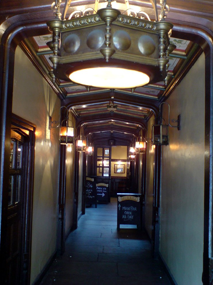 Cittie of Yorke Chancery Lane London Pub Review2 - Cittie of Yorke, Chancery Lane, London - Pub Review