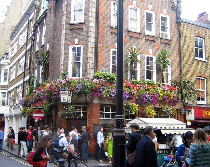 The Blue Posts Soho London Pub Review - The Blue Posts, Soho, London - Pub Review