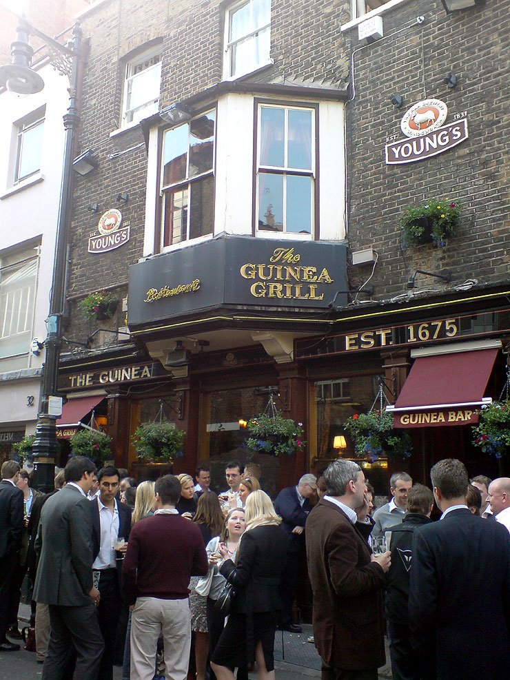 The Guinea Grill Mayfair London Pub Review - The Guinea Grill, Mayfair, London - Pub Review
