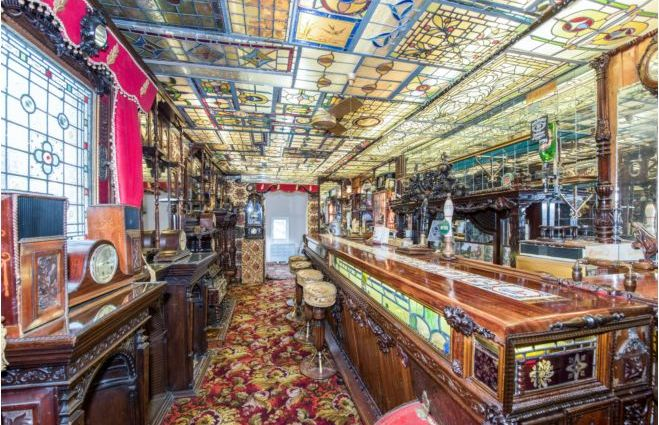 dba998b0 2670 4b1f 8819 af6794bdecea - £800k four-bed in London looks like normal terrace... but has incredible private pub hidden inside
