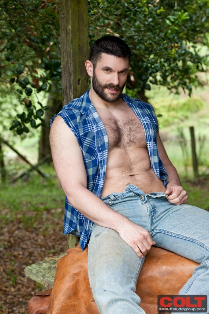 our favorite muscle bear bob hager in another hot photo session at colt studio group