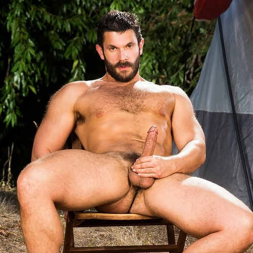 muscle bear bob hager gets nude