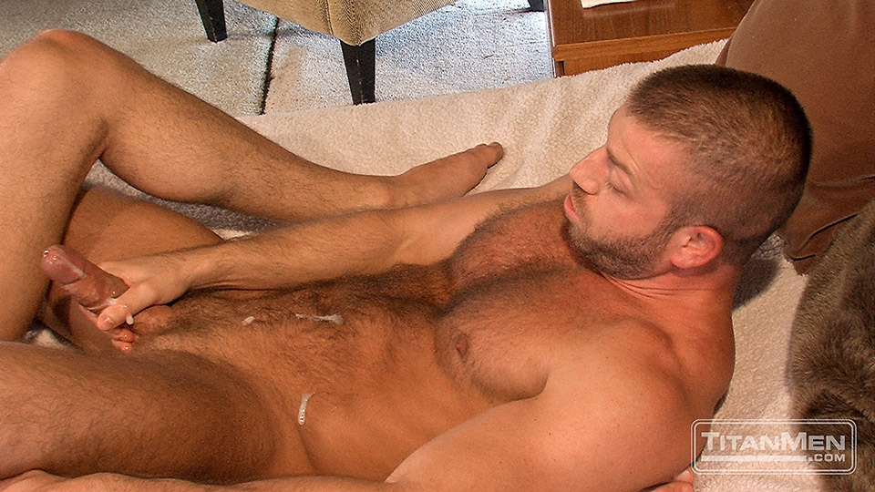free pic of gay man with huge cock