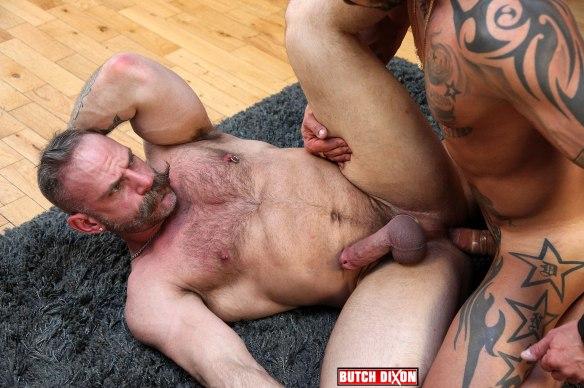 Big Dicked Stud Fucks Hairy Daddy samuel-frank4