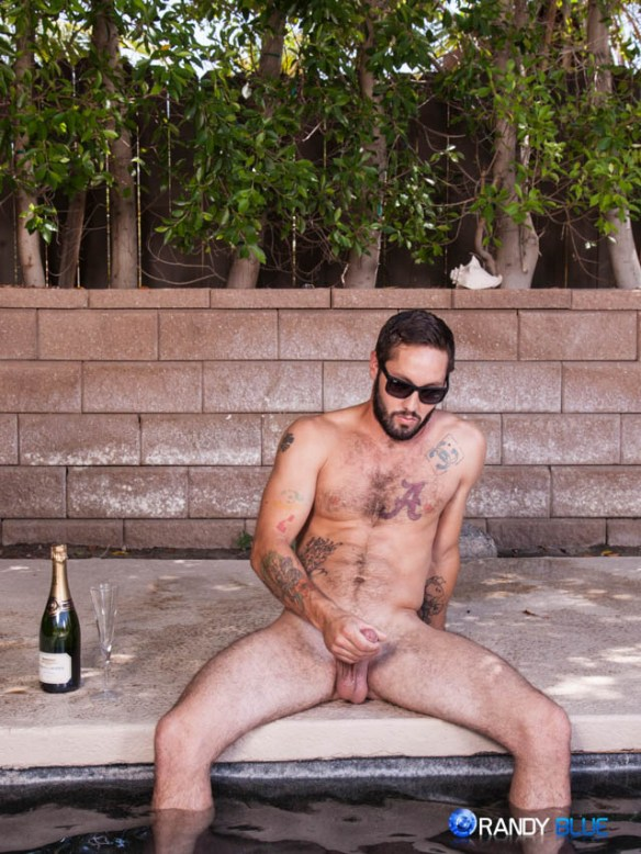 Jeff Powers Shows his Hot Hairy Body