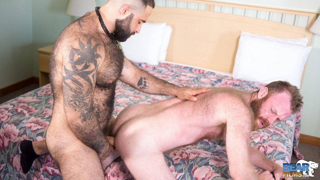 Two Muscle Bears Flip Fuck Raw 02