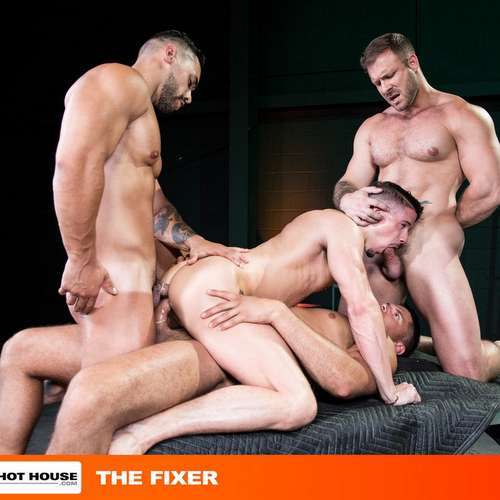 four muscle hunks fuck hard with double penetration