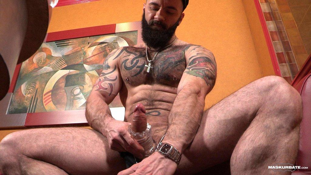 Hairy Hunk Manuel Deboxer Shows off 10