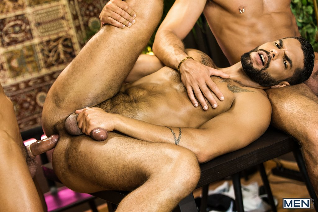 Lucas Fox Fucks Massimo Piano and Klein Kerr 05