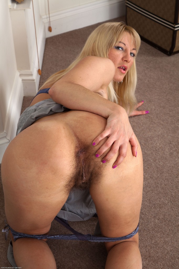 tumblr hairy blonde pussy