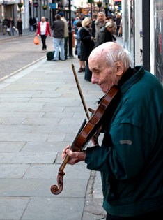 Fiddling for tuppence