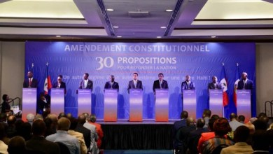 30 propositions d'amendement de la Constitution pour « refonder la nation »
