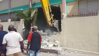 Cap Haitien Des citoyens furieux contre la démolition dune école