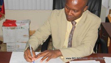 Le directeur général du ministère de l'Éducation Nationale Meniol Jeune credit The Haitian Internet Newsletter