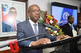 Ministre ekonomi ak finans Michel Patrick Boisvert