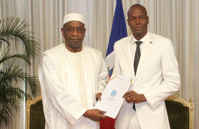 Haïti-Diplomatie:  Le Président de la République reçoit les lettres de créance d'un nouvel Ambassadeur.