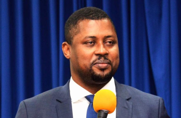 Haïti-Justice :  Contre toute attente le député Gary Bodeau répondra à l'invitation du juge Jean Wilner Morin ce lundi 23 octobre 2017…