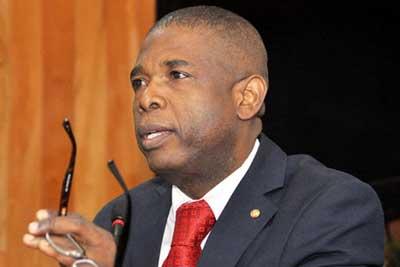 Haïti-Santé:Sénateur Cantave plaide en faveur de la création d'un front caraïbéen de la santé…