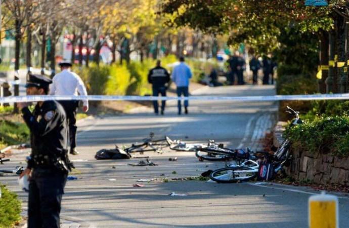 Manhattan : au moins 8 morts et 10 blessés dans la fusillade, le suspect âgé de 29 ans est un malade, selon Trump