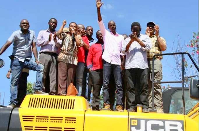 Haïti-Infrastructures: distribution de matériels de construction dans la Grand-Anse