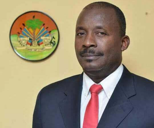 Harry Bretous appelle à la démission du Premier ministre et du Haut état-major de la PNH